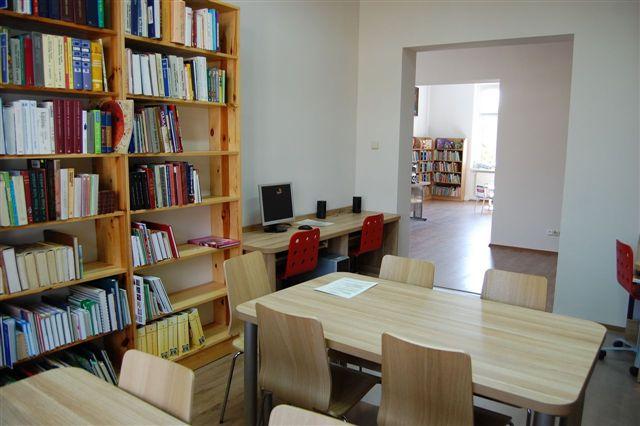 Źródło: biblioteki.org